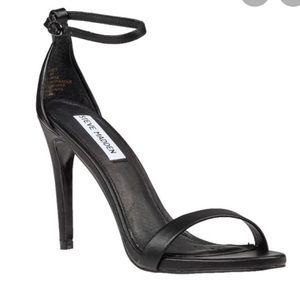 steve madden - black ankle strap heel